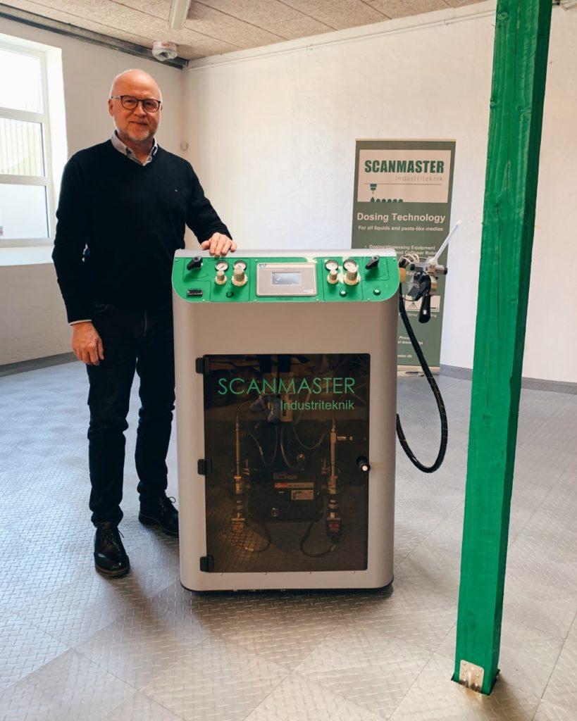 Henning and Viscamix dispensing machine